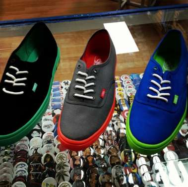df10532e8b Vans Shoes